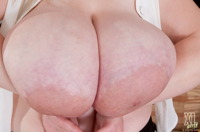 Voluptuous Antica's huge pancake areolae
