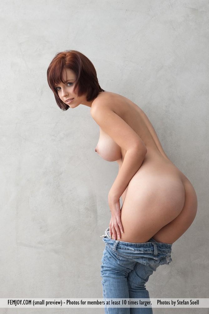Haydens big firm tits at busty girls blog
