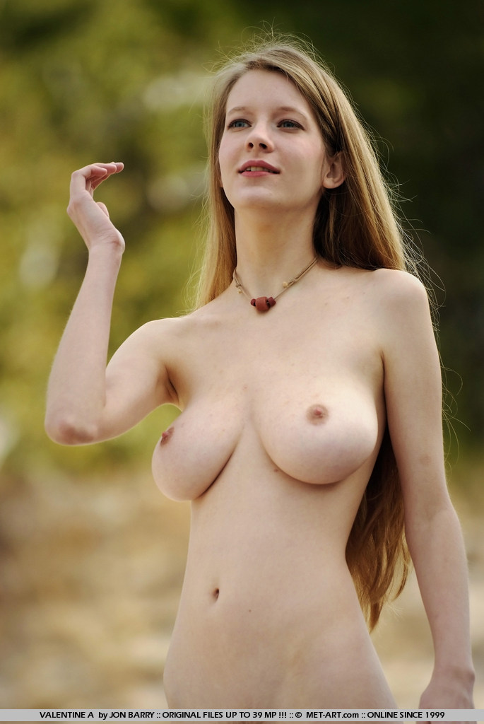 Women with big tits and nipples