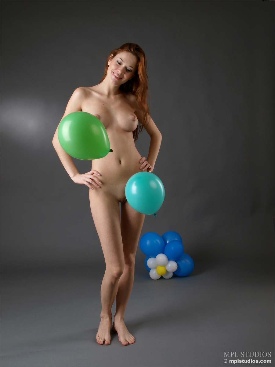sexy teen girl nude balloon picture gallery
