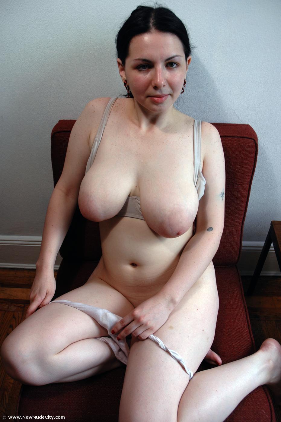 busty girl nude pink